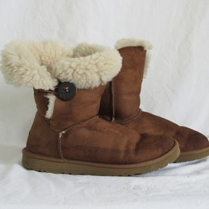 Ugg Bailey Button Brown Suede Boots Women's 8